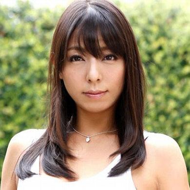 AV女優の村上涼子さん